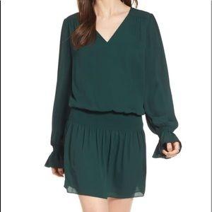 Chelsea 28 green park bell sleeve dress